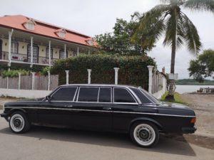 La-Casa-Fait-de-Puntarenas.-COSTA-RICA-MERCEDES-LIMOUSINE-TRANSPORTATION-W123-LANG-300x225.jpg